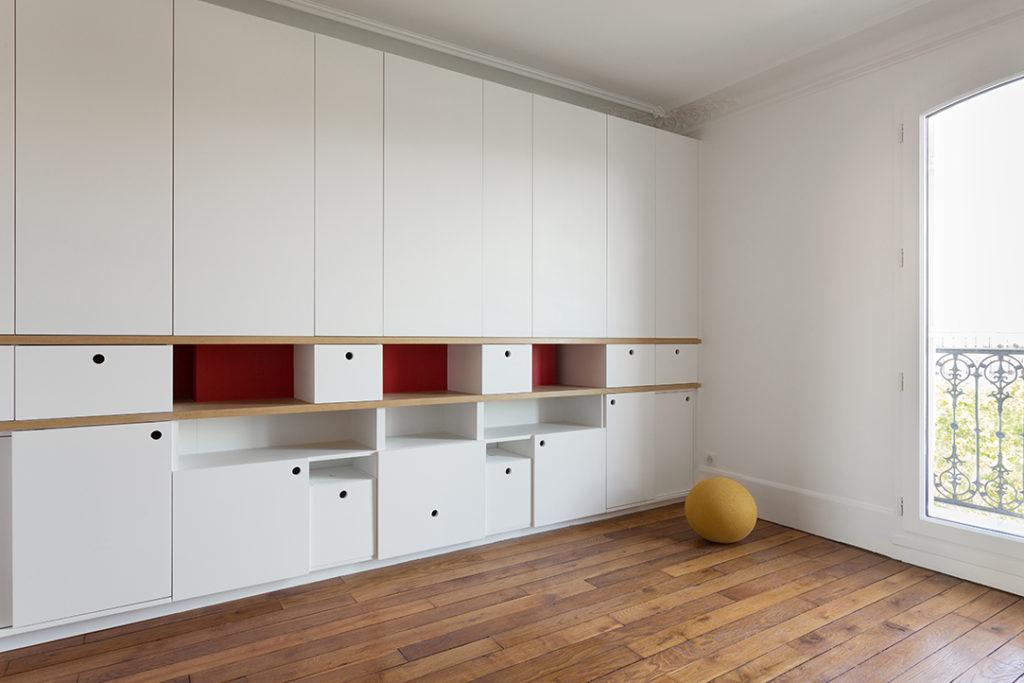 renovation-chambre-enfant-table-de-jeu-rangement-6-appartement-paris