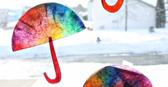 A Colorful Coffee Filter Umbrella Craft [From the Mamas]