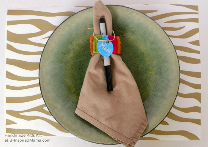Kid-Made Placemats and Napkin Rings - Thanksgiving Crafts for Kids at B-Inspired Mama
