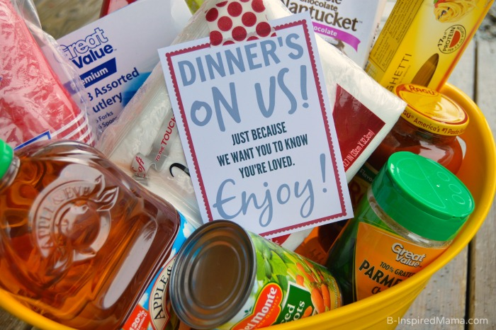 Dinner's On Us - A Simple #ShareAMeal Random Act of Kindness at B-Inspired Mama #sponsored