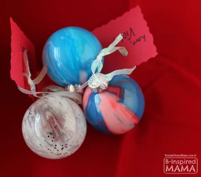 Pour Painted Homemade Christmas Ornaments - So Simple Even a Toddler or Preschooler Can Make - at B-Inspired Mama