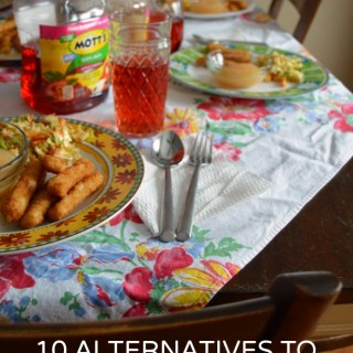 """10 Family Dinner Time Questions: Alternatives to """"How Was Your Day?"""""""