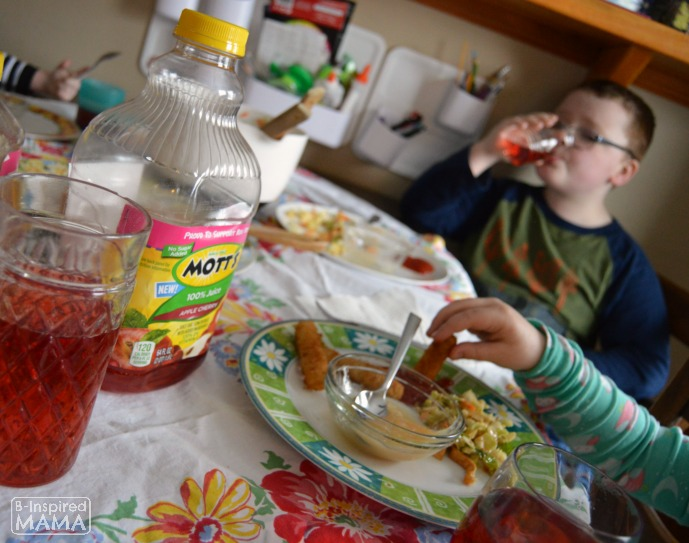 Family Dinner Time Questions - Beyond How Was Your Day - Inspired by Motts New Apple Cherry Juice - at B-Inspired Mama