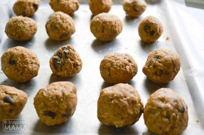 Easy Chocolate Peanut Butter No-Bake Energy Bites Recipe - Perfect for an After School Snack for the Kids or a Summer Picnic - Rolling into Balls - at B-Inspired Mama