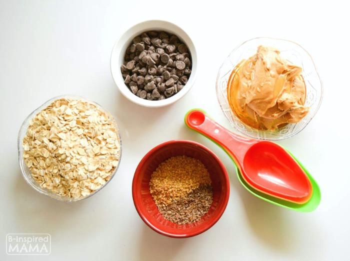 Easy Chocolate Peanut Butter No-Bake Energy Bites Recipe - Perfect for an After School Snack for the Kids or a Summer Picnic - Simple Ingredients - at B-Inspired Mama