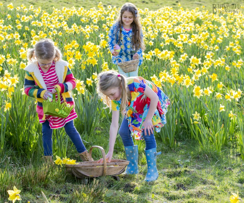 How to Plan an Easter Egg Hunt the kids will remember and rave about - at B-Inspired Mama