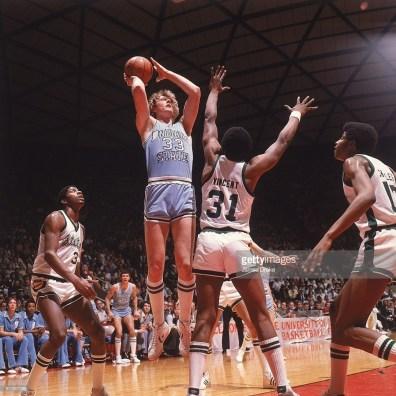 Larry Bird au shoot lors de la finale NCAA 1979 (c) Getty