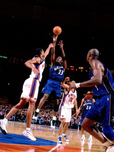 Michael Jordan au shoot pour les Washington Wizards vs New York Knicks 2 (c) Getty