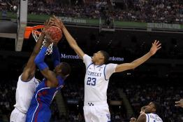 Anthony Davis - au contre lors de la finale NCAA 2012 Kentucky-Kansas (c) Getty