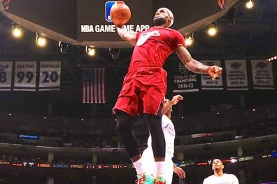 Lebron James, 1st alley-oop (c) Getty