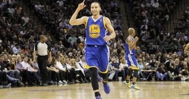 Playoffs 2013 : Stephen Curry, 44 points pour son premier match dans une demi-finale