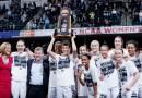 Les Connecticut Huskies de Breanna Stewart cartonnent : un 11ème titre NCAA et aucune défaite en 2015-2016