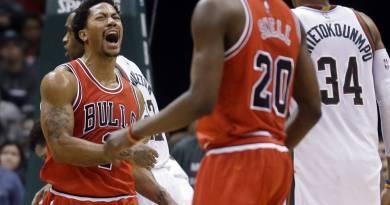 Playoffs 2015 : 3-0 pour les Bulls, Derrick Rose marque 34 points au match 3 contre les Bucks en double prolongation