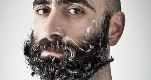 Barba de hombres más sucia que pelaje de perros