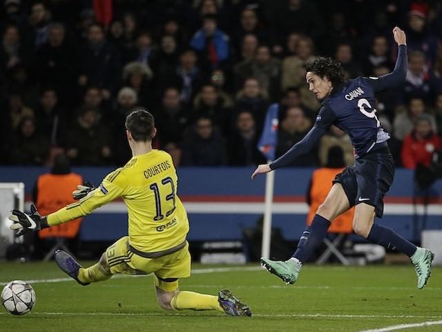 Edinson Cavani scores during the Champions League encounter between Paris Saint-Germain and Chelsea on February 16, 2016
