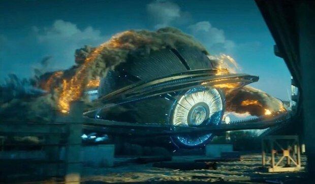 Притяжение Фёдора Бондарчука новый трейлер раскрывает сущность инопланетян