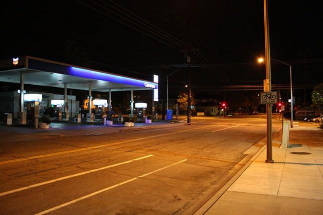夜のバーバンク Burbank at night