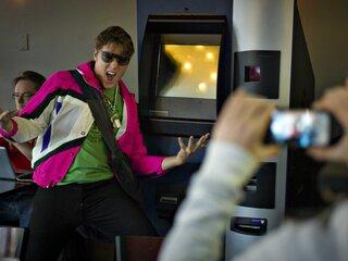 В Северной Америке уже давно действуют bitcoin-банкоматы.