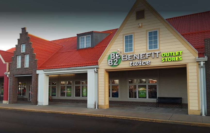 Holland North B2 Outlet Stores