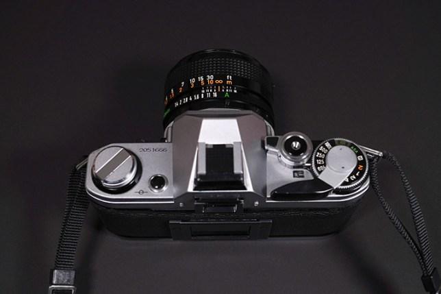 Canon AE-1-上面