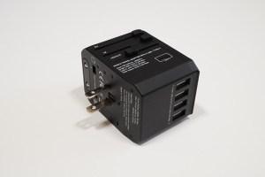海外コンセント変換プラグ(アダプター) USB4ポート TYPE-Cポート付き