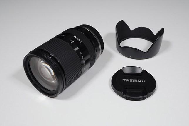 TAMRON 18-200mm F/3.5-6.3 Di III VC-レンズ・キャップ・フード