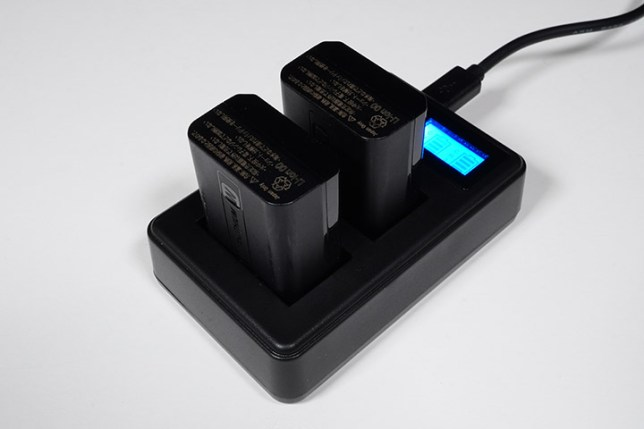 SONY NP-FW50対応デュアルチャネルバッテリー充電器