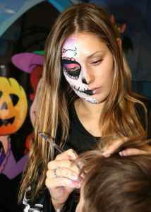 Halloween face painter Amie Gledhill