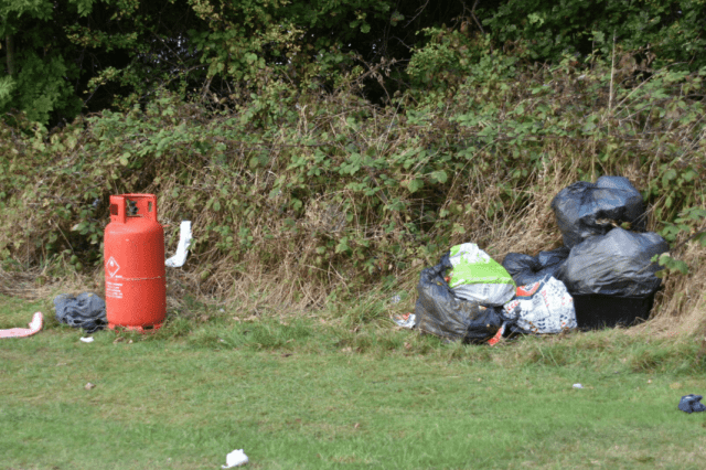 Rubbish left - Woodlands Park Road - Valley Parkway - Bournville