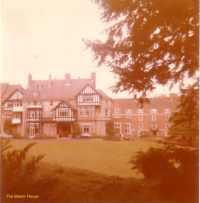 13-manor-house