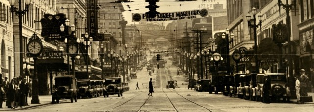 June 30, 1930, 10am, looking east from 4th Avenue on Pike Street (CCBY 2.0 License by William Creswell)