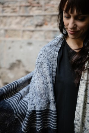 Evolve Shawl by Joji Locatelli, Interpretations Volume 6 - Pom Pom Press - photo Jonna Hietala, 02