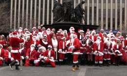 Cincinnati Santacon ~ Saturday, December 14th, 2013 ~ the details: http://www.cincinnatisantacon.com/info.html