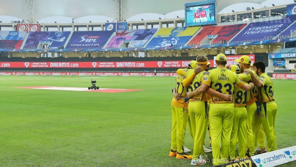 CSK Beat KXIP by 10 wickets - Baaythak