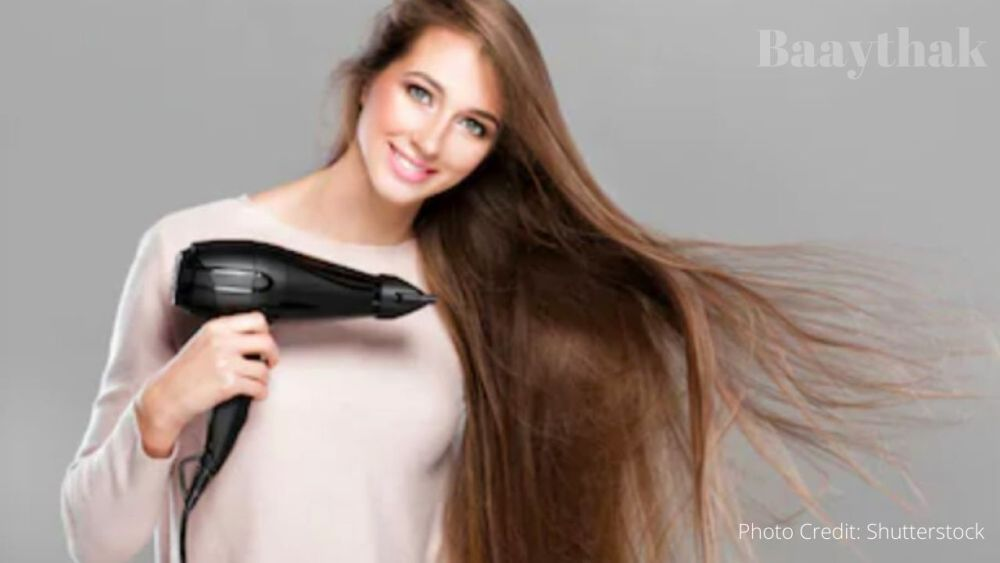 Drying your hairs - Baaythak