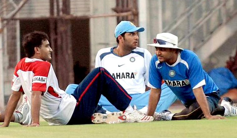 Yuvraj Singh wishes a speedy recovery for Sourav Ganguly, Dada you are a fighter