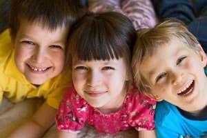gyerekek300x.jpg