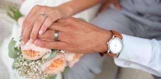 házasság