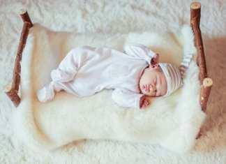 csecsemő altatása