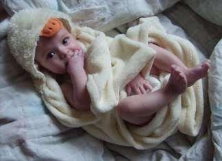 babafürdetés, csecsemő fürdetése, újszülött fürdetése