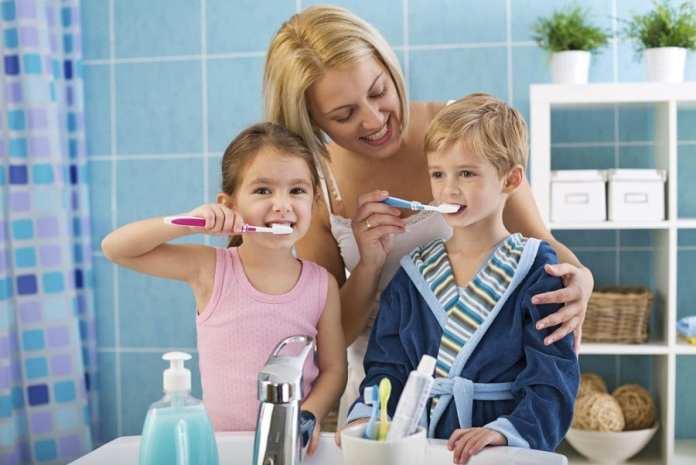 helyes fogmosás