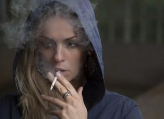 A dohányzás már a fogantatás pillanatától mérgezi a magzatot és komoly károkat okozhat