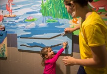 Interaktív mesefal a Pécsi Gyermekklinikán