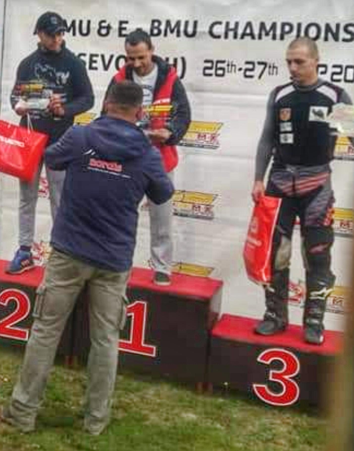 Прва победа за битолскиот мотокросист Зоран Каранфиловски Ќаме на Европскиот Шампионат во Босна и Херцеговина