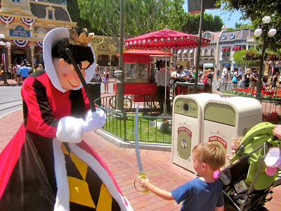 Learn the 25 things Disneyland moms know that others don't at BabesInDisneylandBlog.com