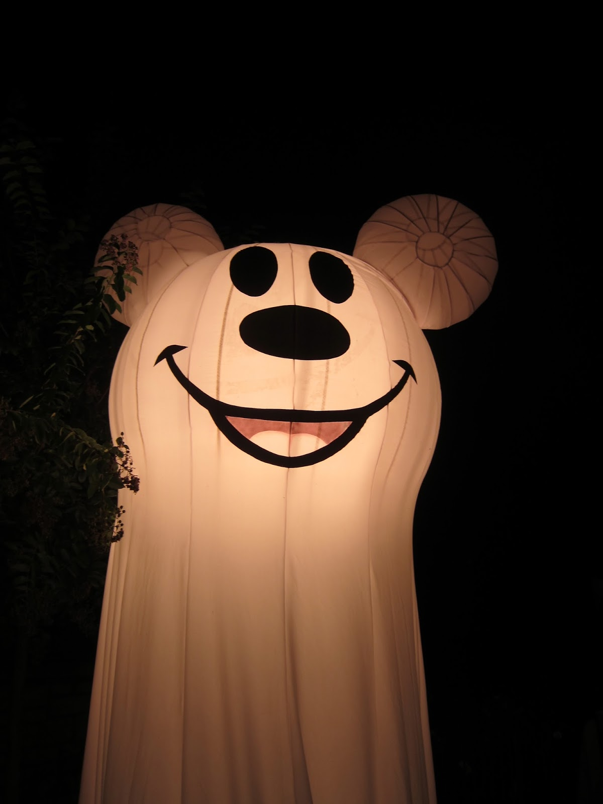 2013 Mickey's Halloween Party Dates Announced - Babes in Disneyland