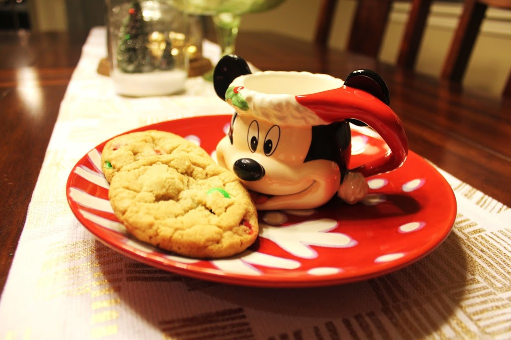Disney at Home: M&M Holiday Cookies Made the Disneyland Way