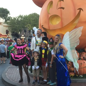 This family looked amazing as the entire cast of Pinocchio.