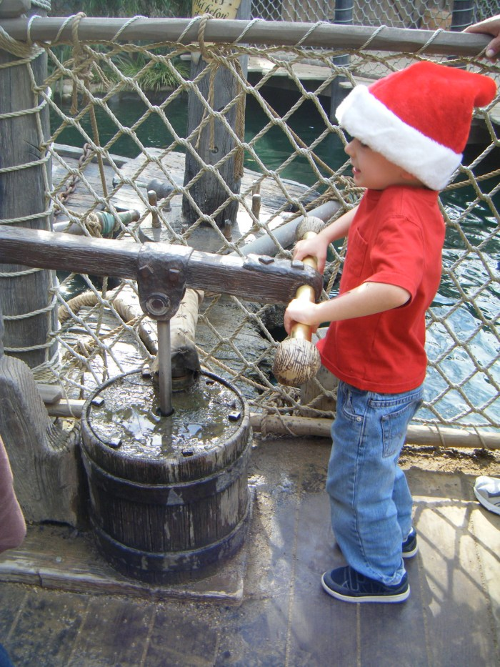 10 things to do with kids at Disneyland before Jan 16 2016