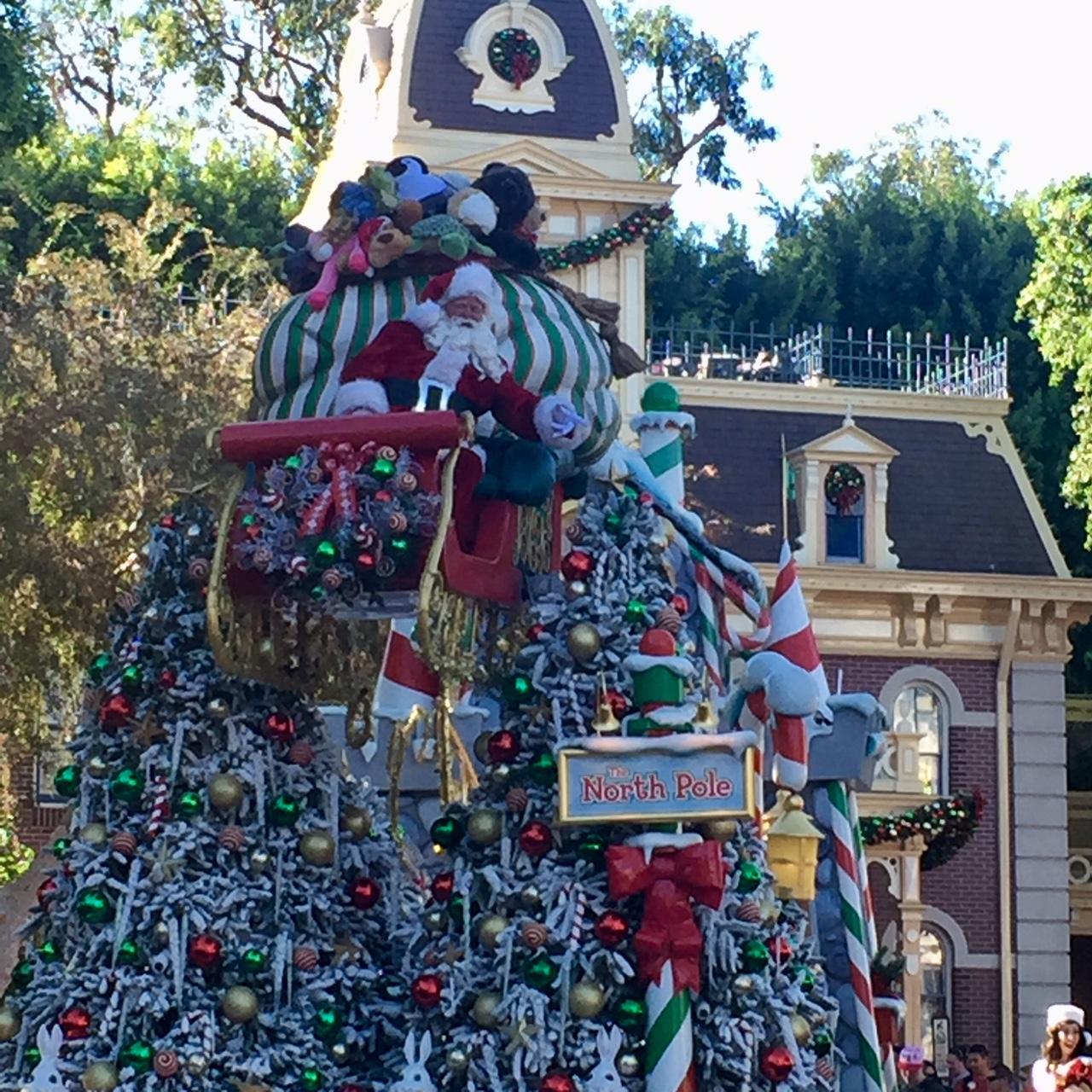 Christmas Fantasy Parade Disneyland With Santa Babes In